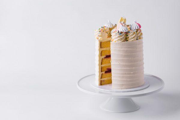 Sponge - Vanilla & Raspberry